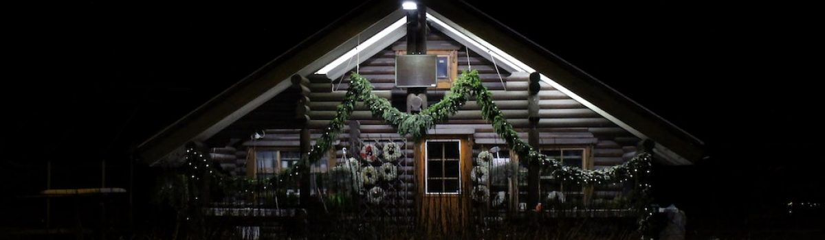 Your Guide to a Memorable Christmas at the Cabin